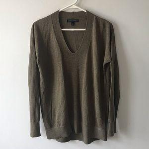 Banana Republic Olive Green Linen Blend Sweater